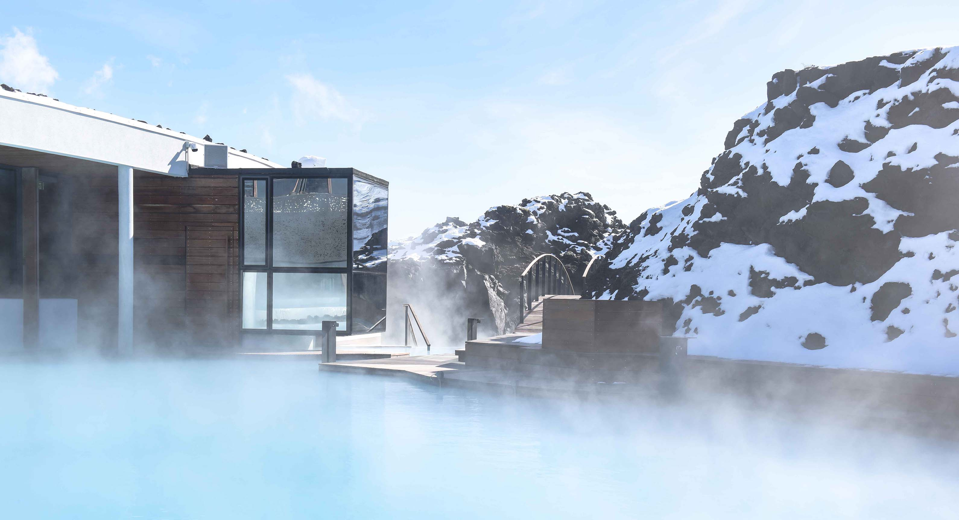 Take a look inside the incredible blue lagoon retreat for Hotels in iceland blue lagoon