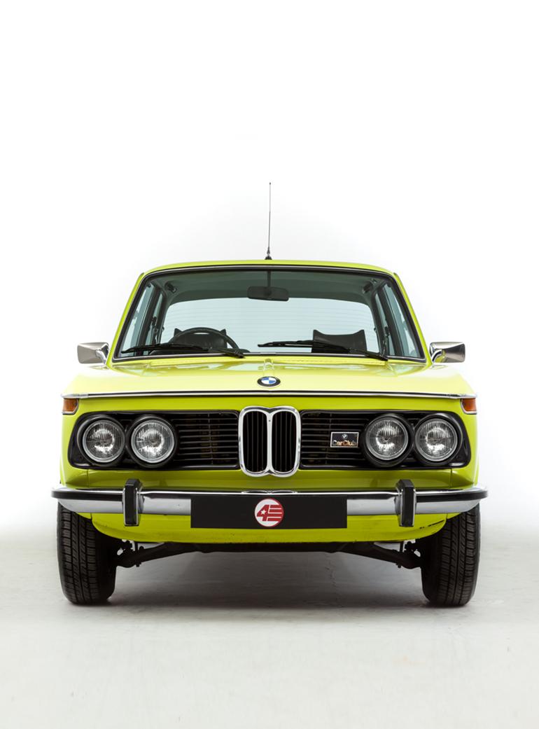 Opumo Neon BMW Left