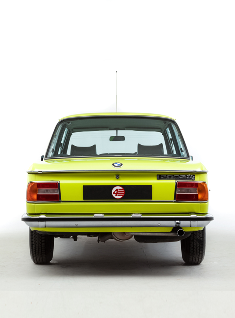 Opumo Neon BMW Right