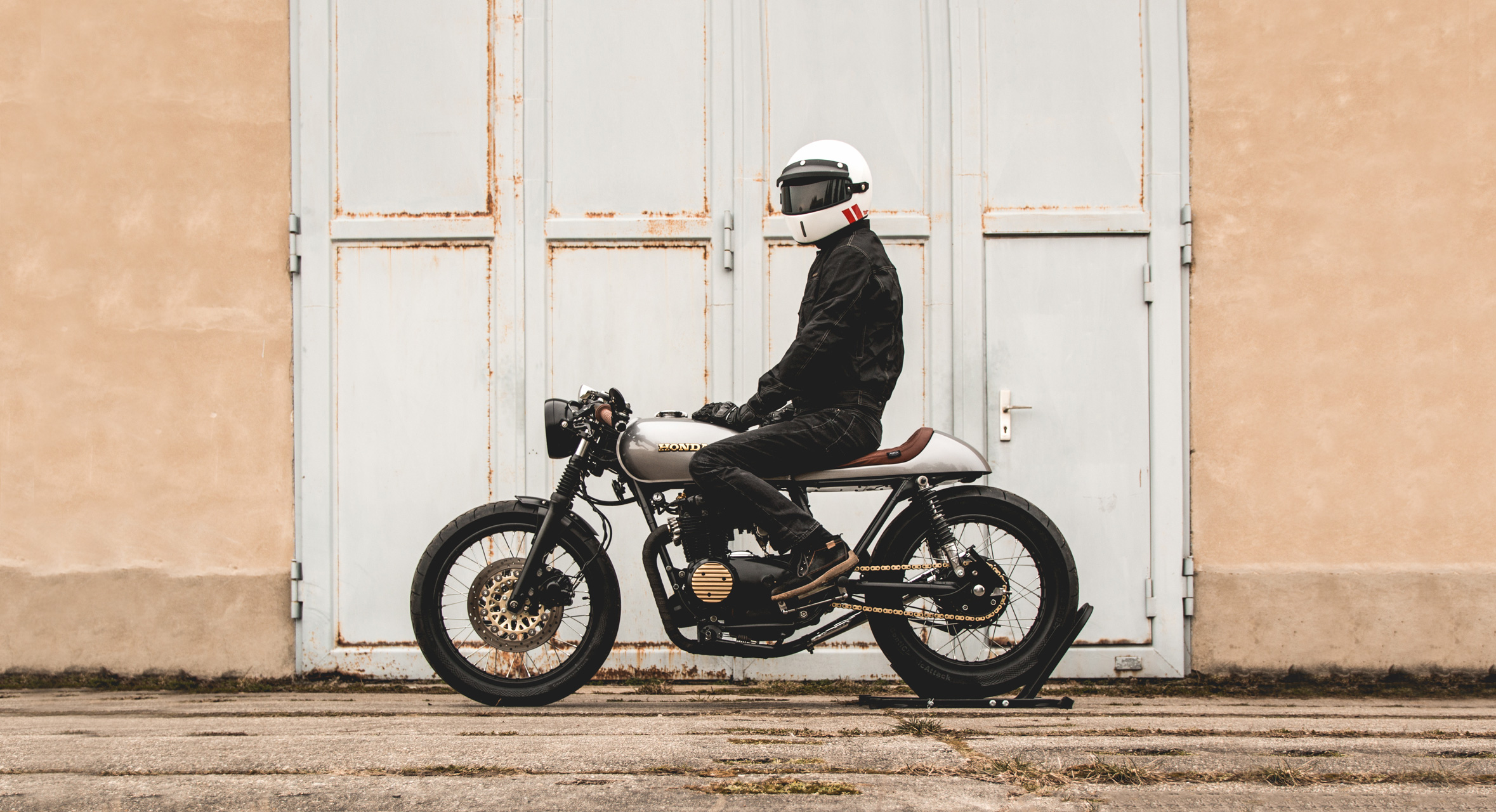 Ready To Ride: Honda CB 500 Four Cafe Racer By Kaspeed