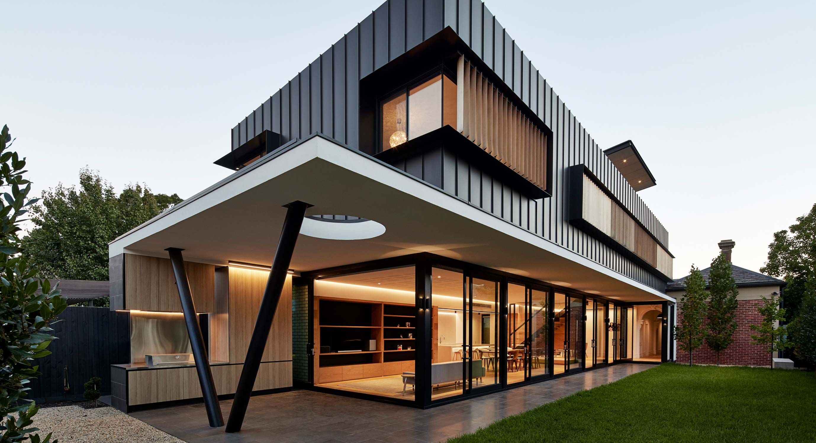 Inside A Dramatic New Extension By McSteen Tan Architects