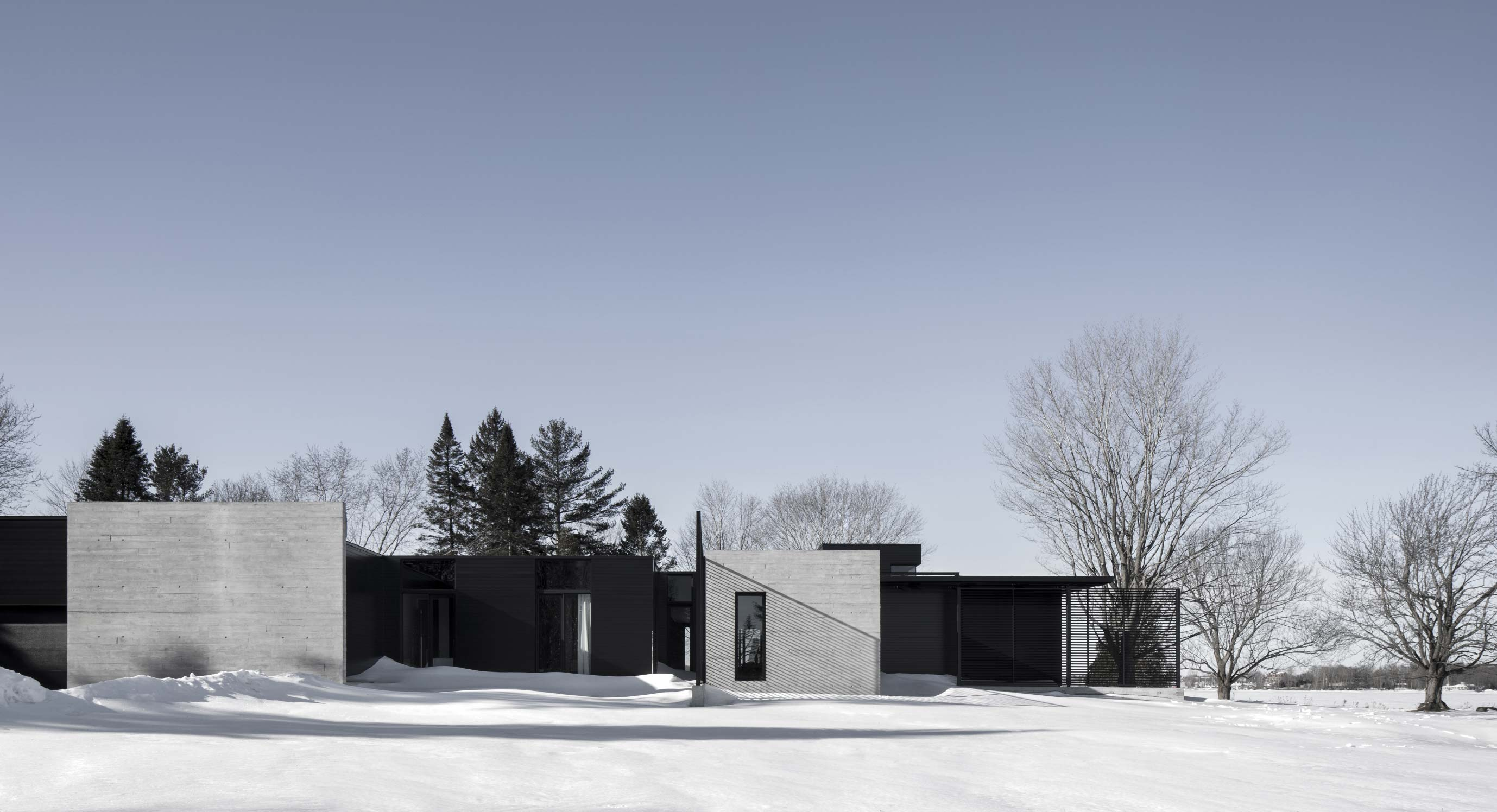 The True North House Is A Paradox Of Nature And Artificiality