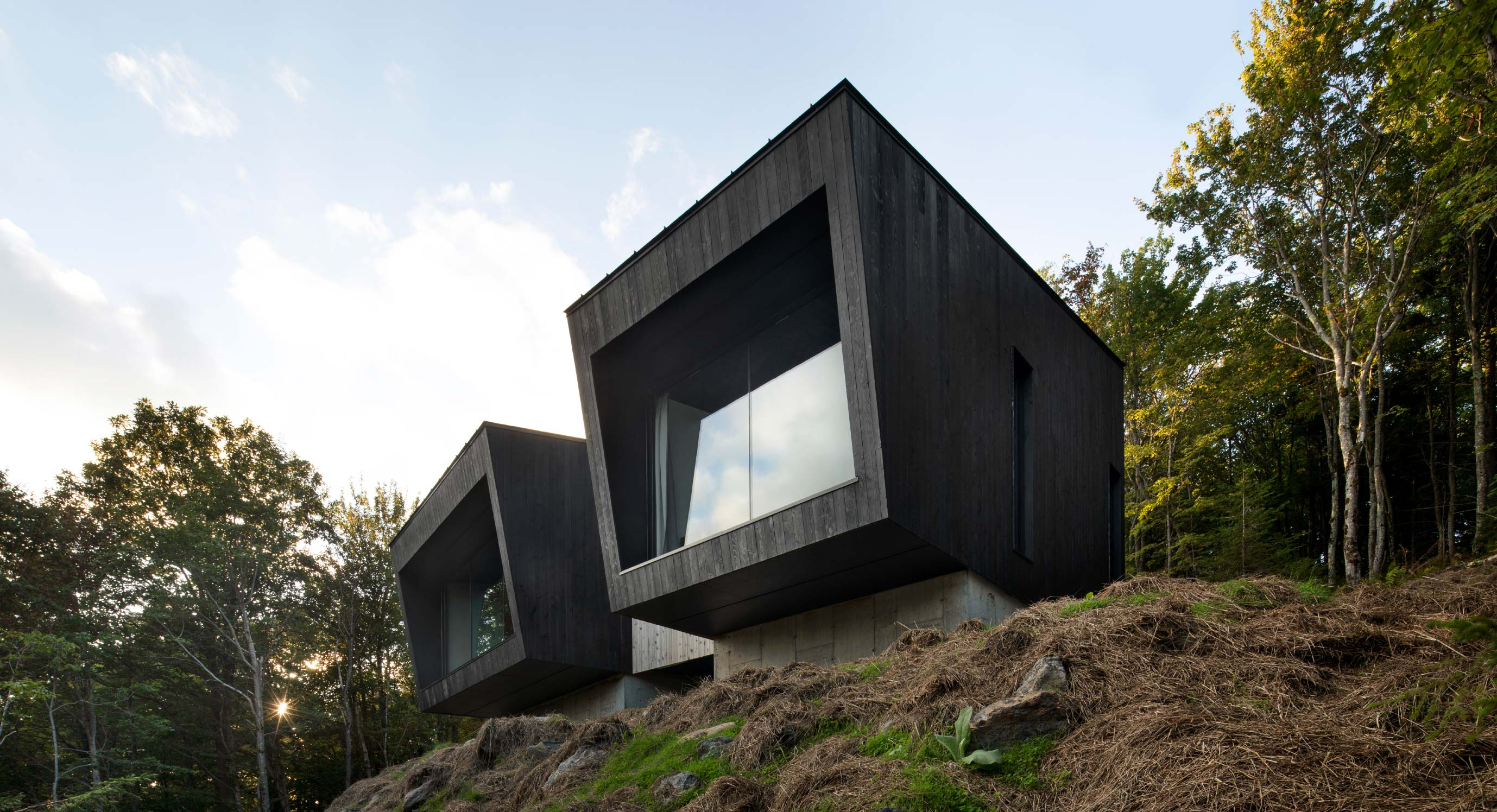 Check Out The Panoramic Views of Naturehumaine's La Binocle Cabin