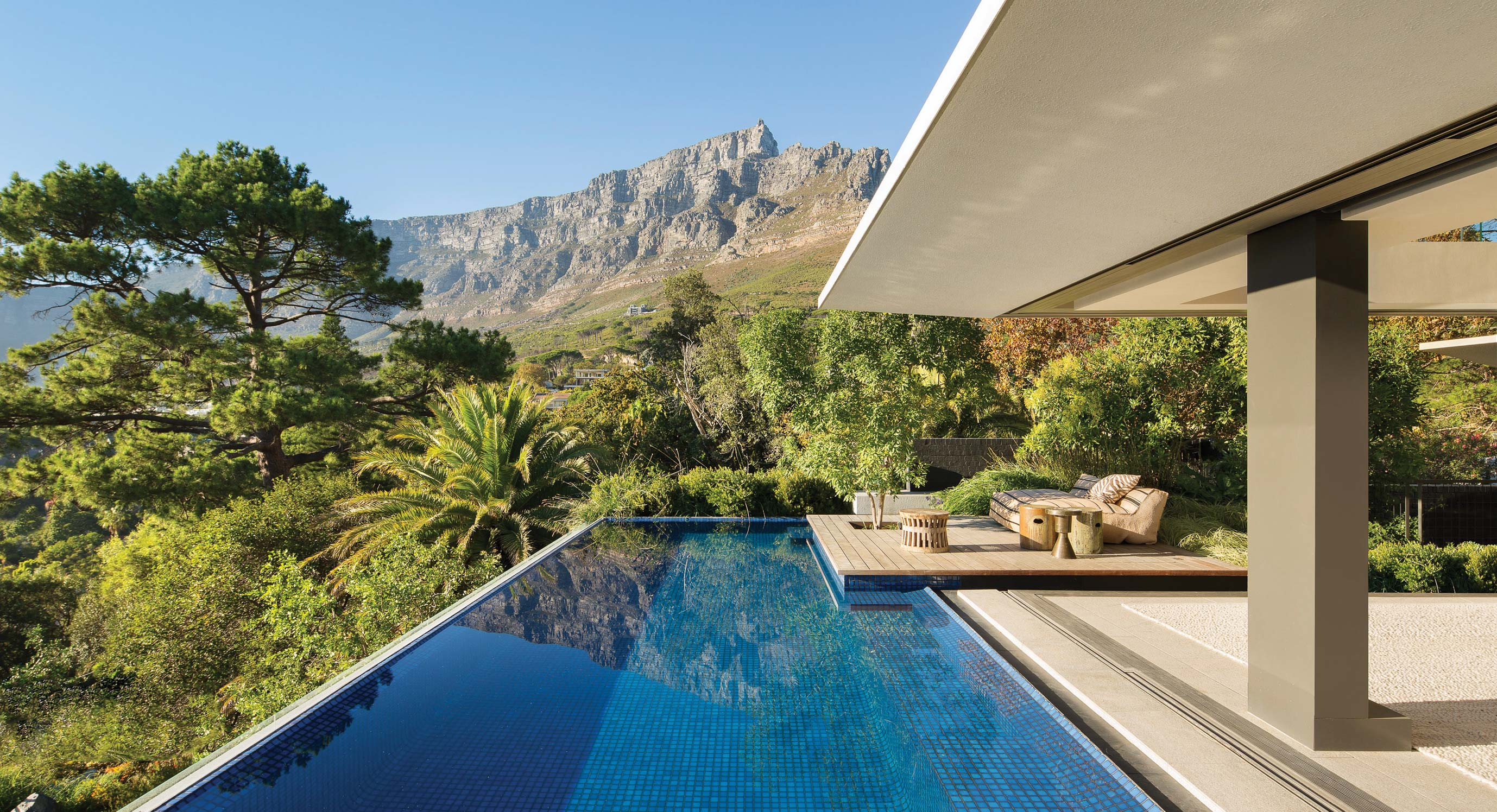 All About The View: 119A Kloof by SAOTA Architects