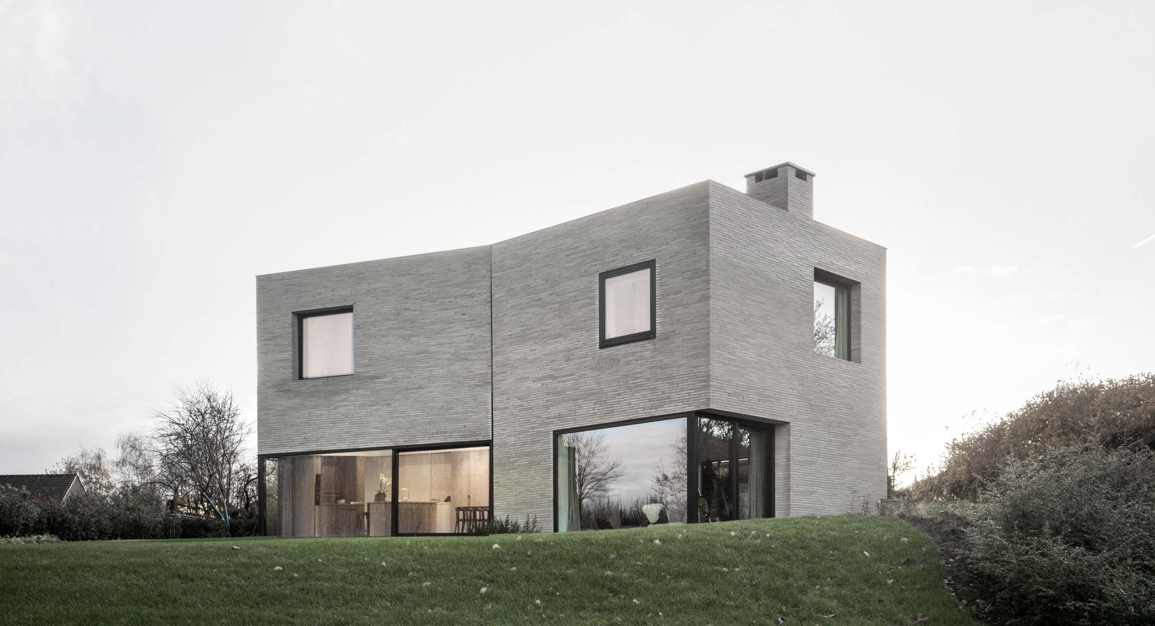 Graux & Baeyens' House J-VC Is Belgium's Most Stylish Family Home