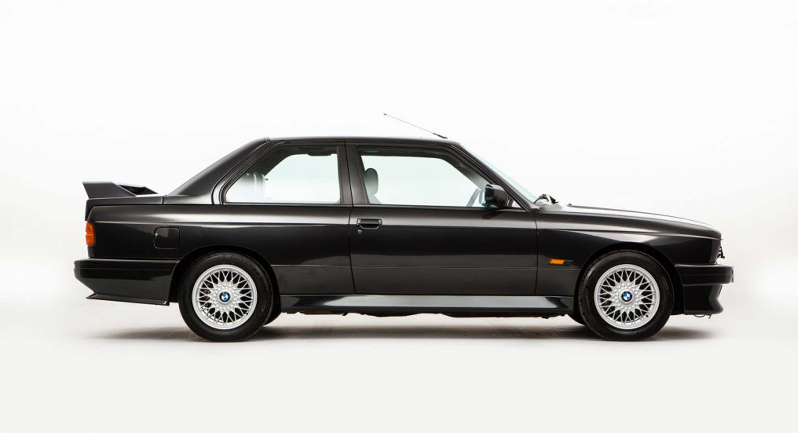 This 1988 Bmw E30 M3 Is A Blast From The Past Opumo